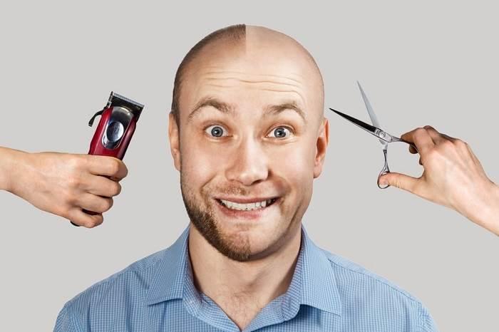 کوتاه کردن مو با قیچی بعد از کاشت مو